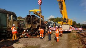 50030 Power Unit Lift, Peak Rail, Rowsley 290920 (99)