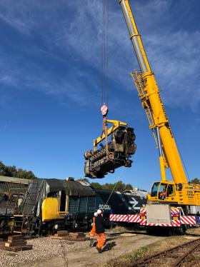 50030 Power Unit Lift, Peak Rail, Rowsley 290920 (87)