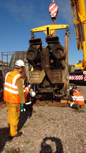 50030 Power Unit Lift, Peak Rail, Rowsley 290920 (101)