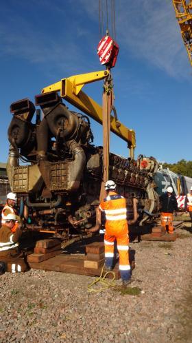 50030 Power Unit Lift, Peak Rail, Rowsley 290920 (96)
