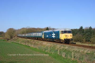 50019 at Crownthorpe on the Mid Norfolk Railway