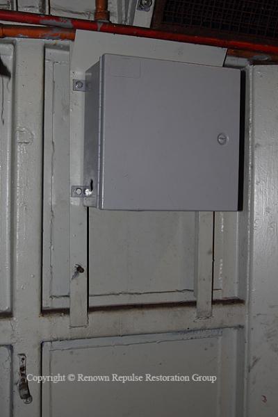 IMG_2770 50030 DSD box 20111030 web copy