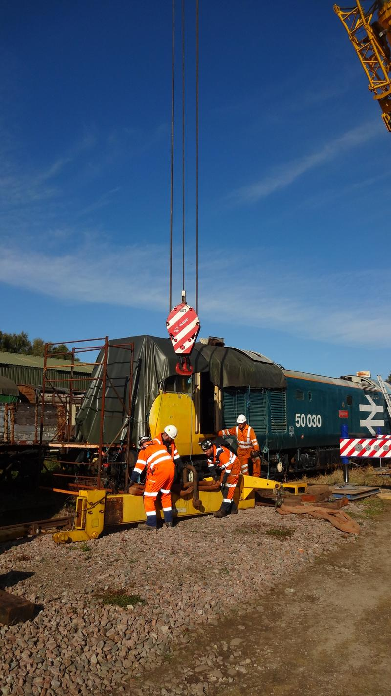 50030 Power Unit Lift, Peak Rail, Rowsley 290920 (65)