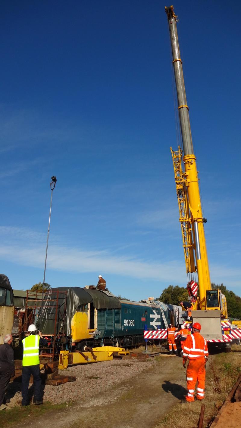 50030 Power Unit Lift, Peak Rail, Rowsley 290920 (60)