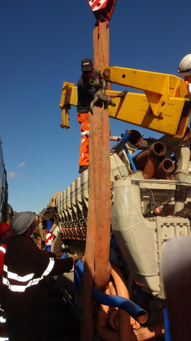 50030 Power Unit Lift, Peak Rail, Rowsley 290920 (138)