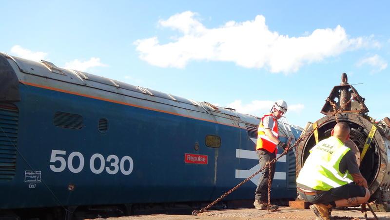 50030 Power Unit Lift, Peak Rail, Rowsley 290920 (176)