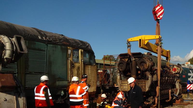 50030 Power Unit Lift, Peak Rail, Rowsley 290920 (104)