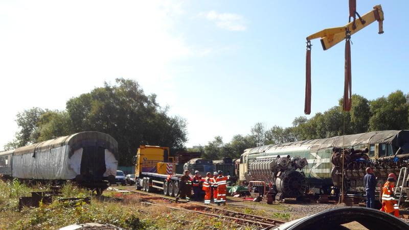 50030 Power Unit Lift, Peak Rail, Rowsley 290920 (106)
